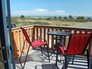 Beautiful home with ocean views!  Walk to beach! - Ocean Shores vacation rentals