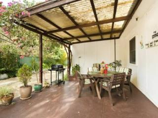 1 bedroom Cottage with A/C in Thirroul - Thirroul vacation rentals