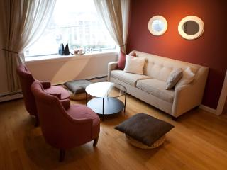 Big Apple Dream 2bd apt Free parking - North Bergen vacation rentals