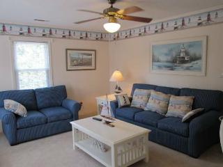 3rd row from beach: sleeps 10. Mother-in-law suite - North Myrtle Beach vacation rentals