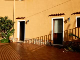 La Mimosa B&B (Camera Tripla) - Ballata vacation rentals