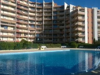 "Appartement ""La Sirène de la Marina"" - Mandelieu La Napoule vacation rentals"