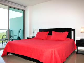 Exclusive One Bedroom Apartment 614 - Cartagena vacation rentals
