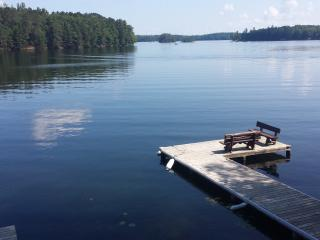 Kawagawoods Lg home on Minocqua Chain,300ft front - Minocqua vacation rentals