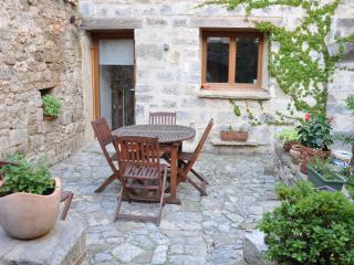 Nice House with Balcony and Central Heating - Lagrasse vacation rentals