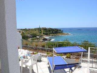 Beautiful 1 bedroom Marina San Gregorio Apartment with A/C - Marina San Gregorio vacation rentals