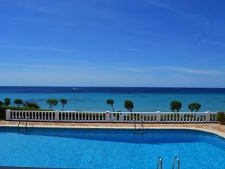 Nice Villa with Internet Access and A/C - Santo Tomas vacation rentals