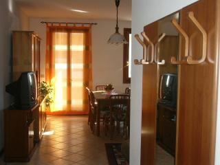 Nice Condo with Washing Machine and Housekeeping Included - Piove di Sacco vacation rentals