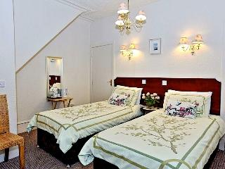 Brentwood Villa Bed and Breakfast - Twin Room - Aberdeen vacation rentals