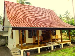 Sadati Home Stay, Left Standard Room With Fan - Batukaras vacation rentals