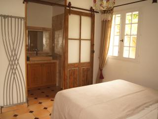 1 bedroom Gite with Internet Access in Gargas - Gargas vacation rentals