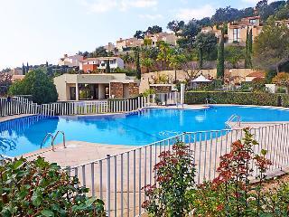 4 bedroom Villa in La Londe Les Maures, Cote d Azur, France : ref 2214824 - La Londe Les Maures vacation rentals