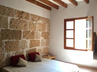 Nice and cosy studio in the center of the old town - Palma de Mallorca vacation rentals
