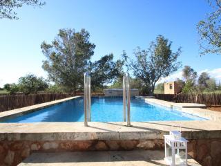 3 bedroom Villa with Internet Access in Campos - Campos vacation rentals