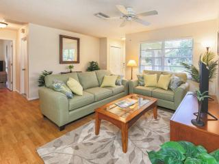 Venice Palm Villa - Screened Patio - Grill - Fenced Yard - Private Beach! - Venice vacation rentals