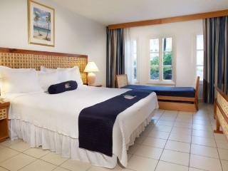 One bedroom 2 bath w/full kitchen,tv,AC, bathrooms - Oranjestad vacation rentals