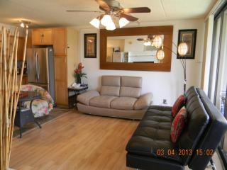 Newly Renovated 1 Bedroom Unit - Honolulu vacation rentals