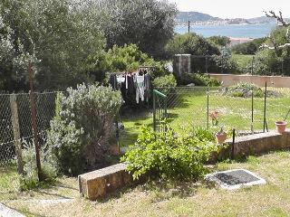Bilocale con giardino e ingresso indip. vista mare - Lumio vacation rentals