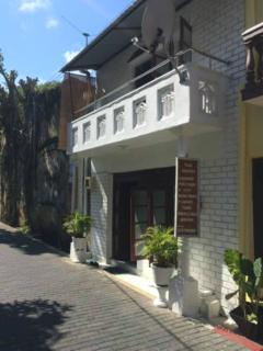 Nice 2 bedroom Galle House with Internet Access - Galle vacation rentals