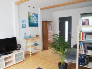 HomeStay Bassenheim Privatappartement - Bassenheim vacation rentals