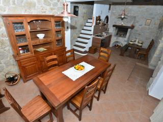 Romantic 1 bedroom House in Tucepi with Television - Tucepi vacation rentals
