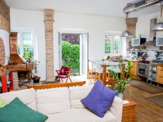 The apartment of an artist in Monteverde - Rome vacation rentals