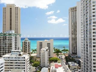 Ocean View, 5 min. walk to beach, central A/C!  Sleeps 3. - Waikiki vacation rentals