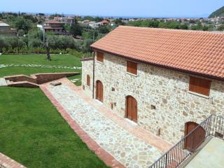Libeccio country house apartment near the sea - Santa Maria di Castellabate vacation rentals