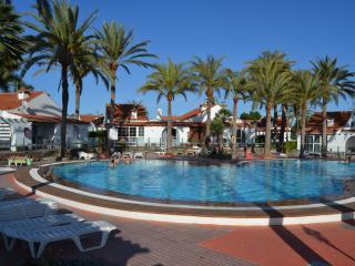 Charming Condo with Internet Access and A/C - Maspalomas vacation rentals