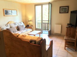 Les Campanules - Grand duplex au pied des pistes - Saint-Nicolas-de-Veroce vacation rentals