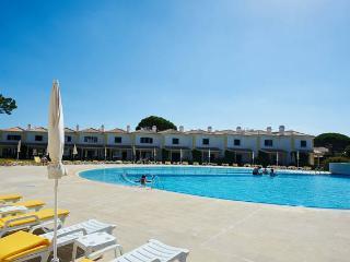 New Villa Margarita - Cascais vacation rentals