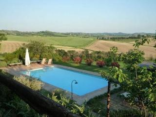 Ancient farmhouse in Maremma - Il Geranio - Marsiliana vacation rentals