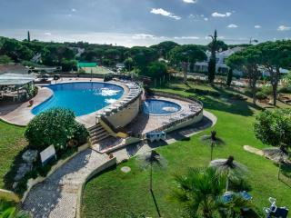Fantástico T1 com piscinas  em Vale do Lobo - Vale do Lobo vacation rentals