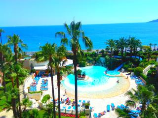 #Cannes Resort 3* Seafront Beach Pools Park WiFi - Cannes vacation rentals