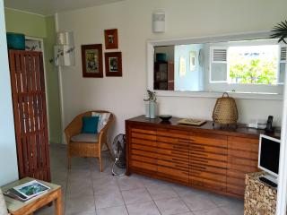 Cosy apartment for 2 near the Caravelle beach - Sainte Anne vacation rentals