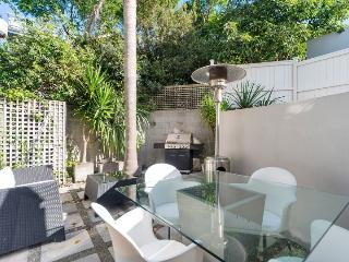 Sunny Modern Herne Bay Two Level Townhouse with Parking for Two Cars - Herne Bay vacation rentals
