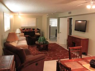 Beautiful Condo with Television and DVD Player - Saint George vacation rentals