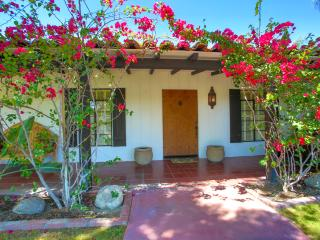Historic Movie Colony Walk to Town Palm Springs - Palm Springs vacation rentals
