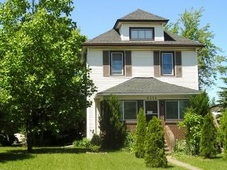 Great Apartment at Niagara Falls Guest House - Niagara Falls vacation rentals