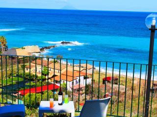 Casa Vacanza Perla con Vista Mare - Tropea vacation rentals