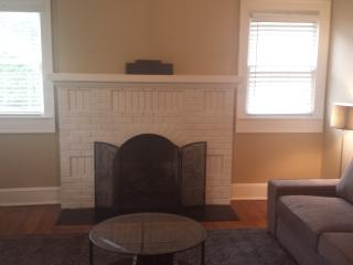 STAY WORK PLAY II  15 MINS ATL DOWNTOWN & AIRPORT - Atlanta vacation rentals