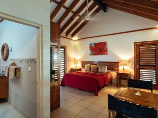 Villa Marau, Fiji - 5 B/room luxury island living - Malolo Lailai Island vacation rentals