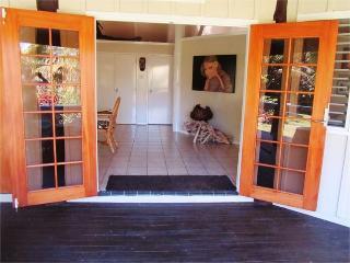 Kinloch Villa, Fiji - 2 B/room island bungalow - Malolo Lailai Island vacation rentals