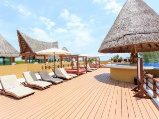 Fab Condo 14 Steps to Beach & Pano Rooftop Views - Playa del Carmen vacation rentals