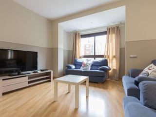 NEW apt w/VIEWS Sagrada Familia 1.2 - Barcelona vacation rentals