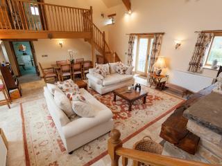 Elm Park Barn, Near Bristol and Bath - Bristol vacation rentals