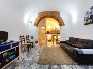 Perfect 1 bedroom Condo in Lisbon - Lisbon vacation rentals