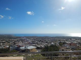 Beautiful Luxury Apartment - Peyia vacation rentals