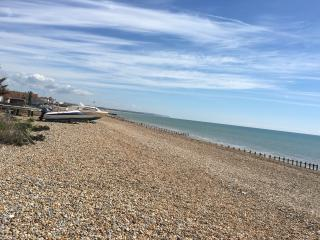 Pevensey Bay - beach front holiday rental home - Pevensey Bay vacation rentals