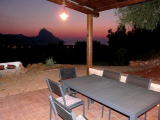 Villa Panorama - solo settimanale, only weekly - Castelluzzo vacation rentals